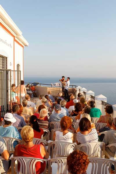 Esta noche a las 20 horas concierto de música clásica en el Faro de l'Albir