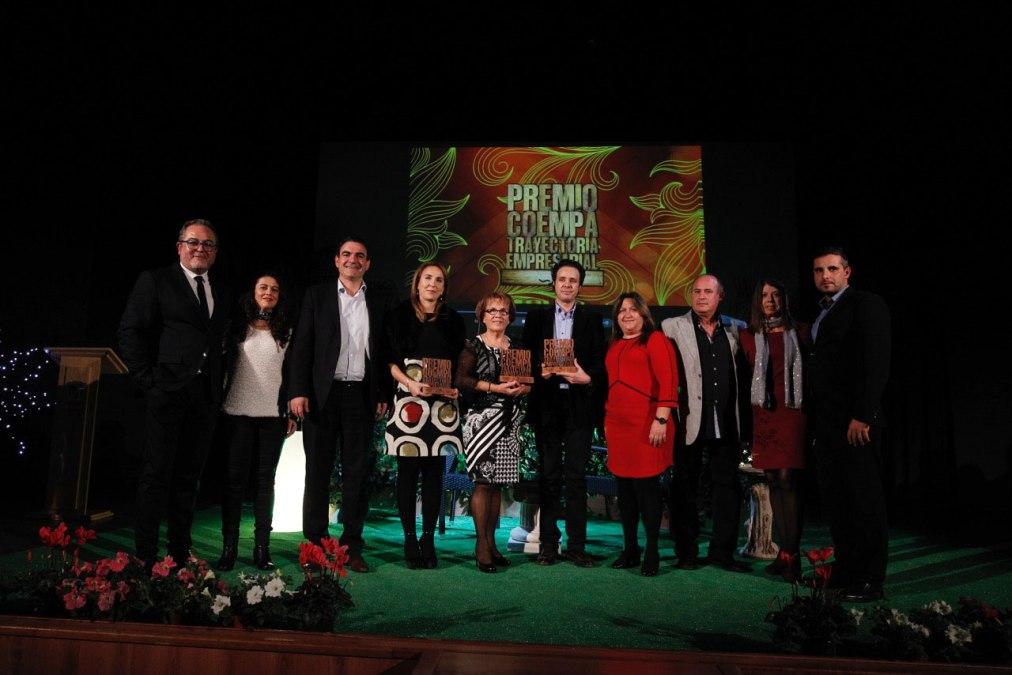Coempa premia la trayectoria empresarial de Carpintería Olmedo, Capritx Calçat y Peluquería Nou Estil