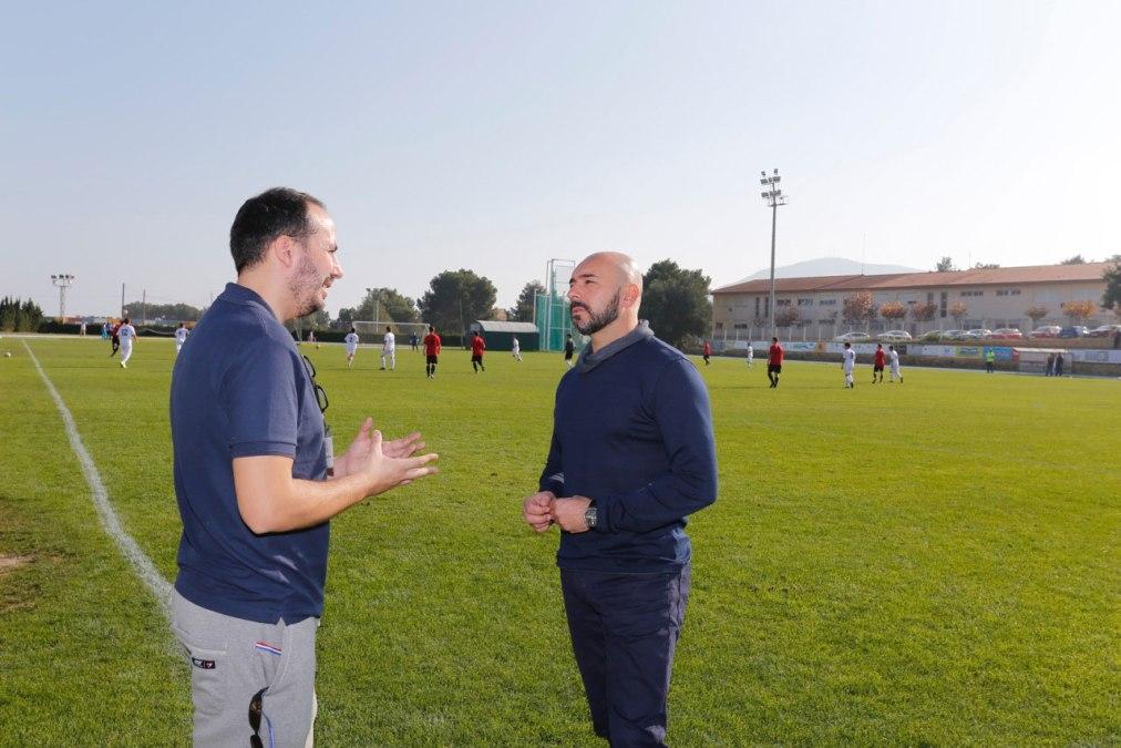 56 jóvenes buscan en l'Alfàs un futuro en universidades de Estados Unidos a través del fútbol