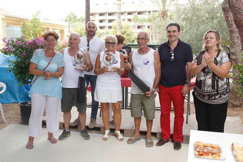 Un español, un belga y una francesa ganan el torneo de petanca Fiestas de l'Albir 2015
