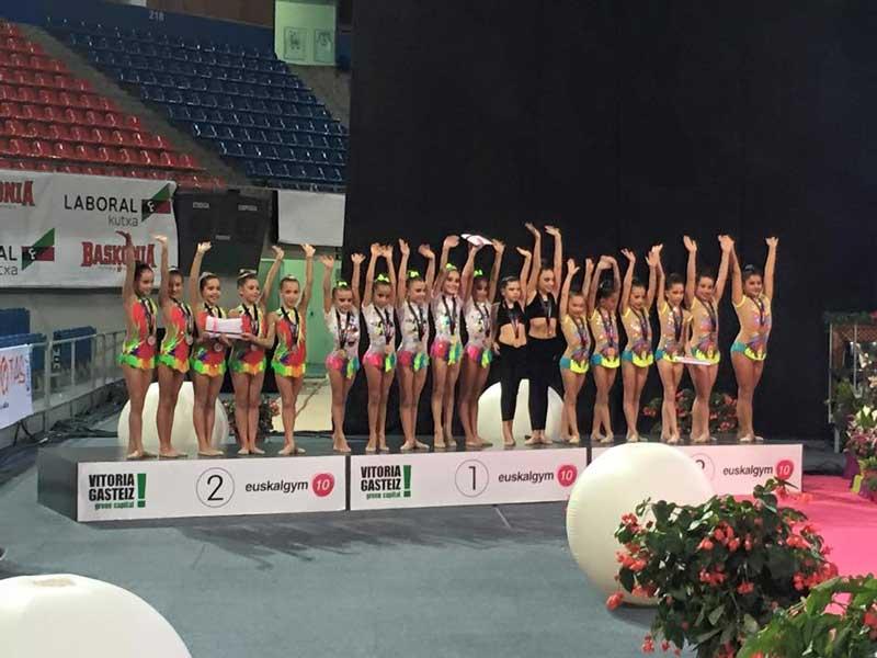 El equipo benjamín de Gimnasia rítmica de  l'Alfàs del Pi se proclama subcampeón del Euskalgym.