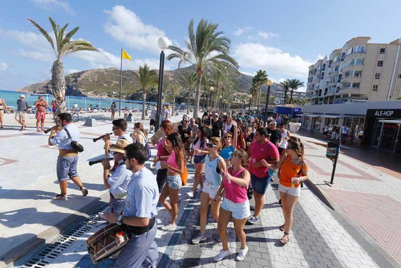 El Ayuntamiento de l'Alfàs del Pi agradece a peñistas, turistas y visitantes su participación en las Fiestas de l'Albir