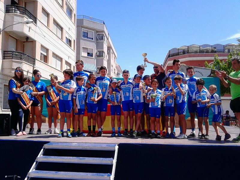 La Escuela Municipal de Ciclismo de l'Alfàs del Pi lidera el campeonato provincial.