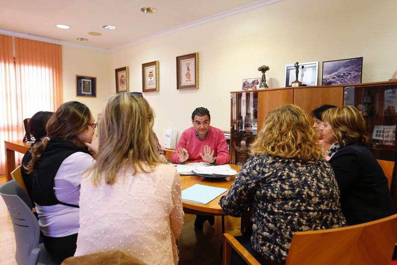 El Consejo Escolar Municipal de L'Alfàs solicita a Consellería la implantación de la jornada continua