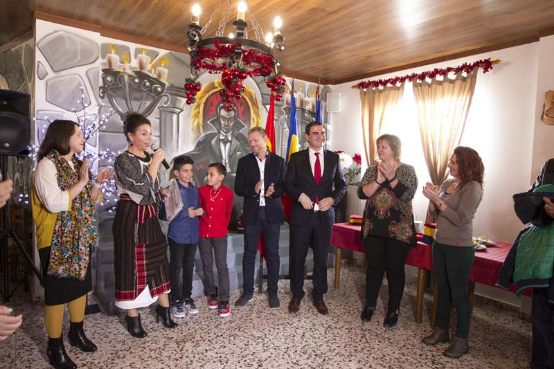 El Ayuntamiento de l'Alfàs del Pi celebra el Día de Rumanía