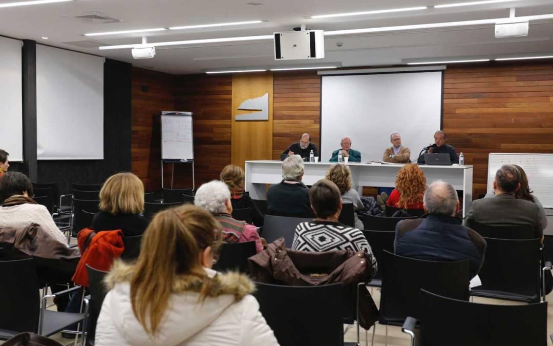 Díez Nicolás y Ferri Durá coinciden en la necesidad de reformar la Ley Electoral
