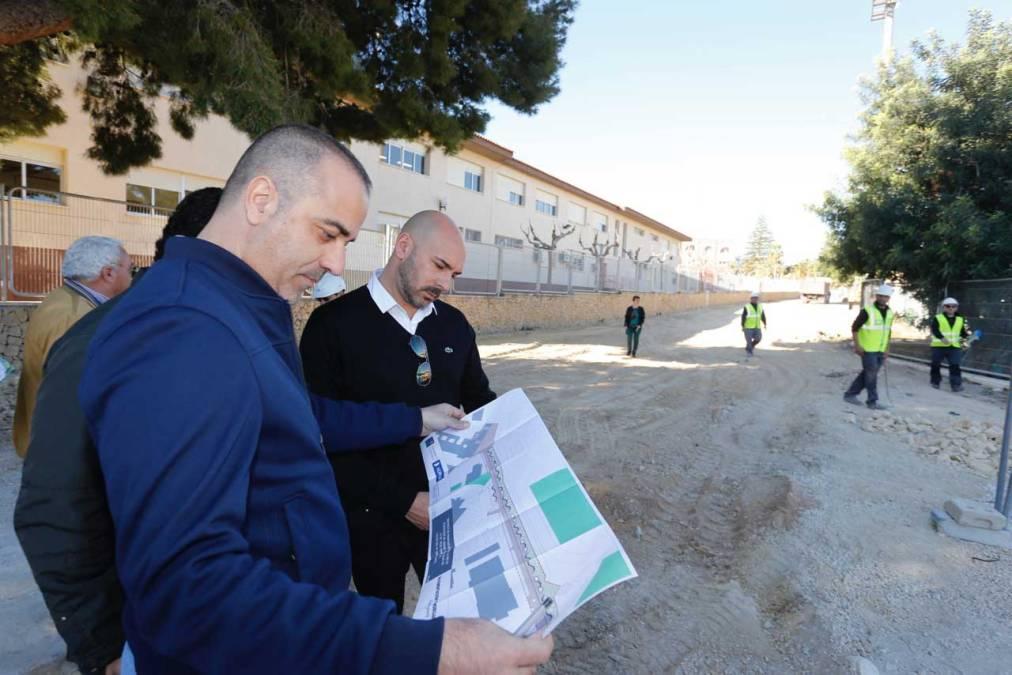 Las obras de la avinguda dels Esports facilitarán la conexión peatonal de las infraestructuras deportivas de l'Alfàs
