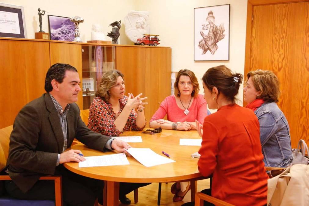 El Ayuntamiento de l'Alfàs del Pi inicia una línea de colaboración con la Asociación Integra Marina Baixa
