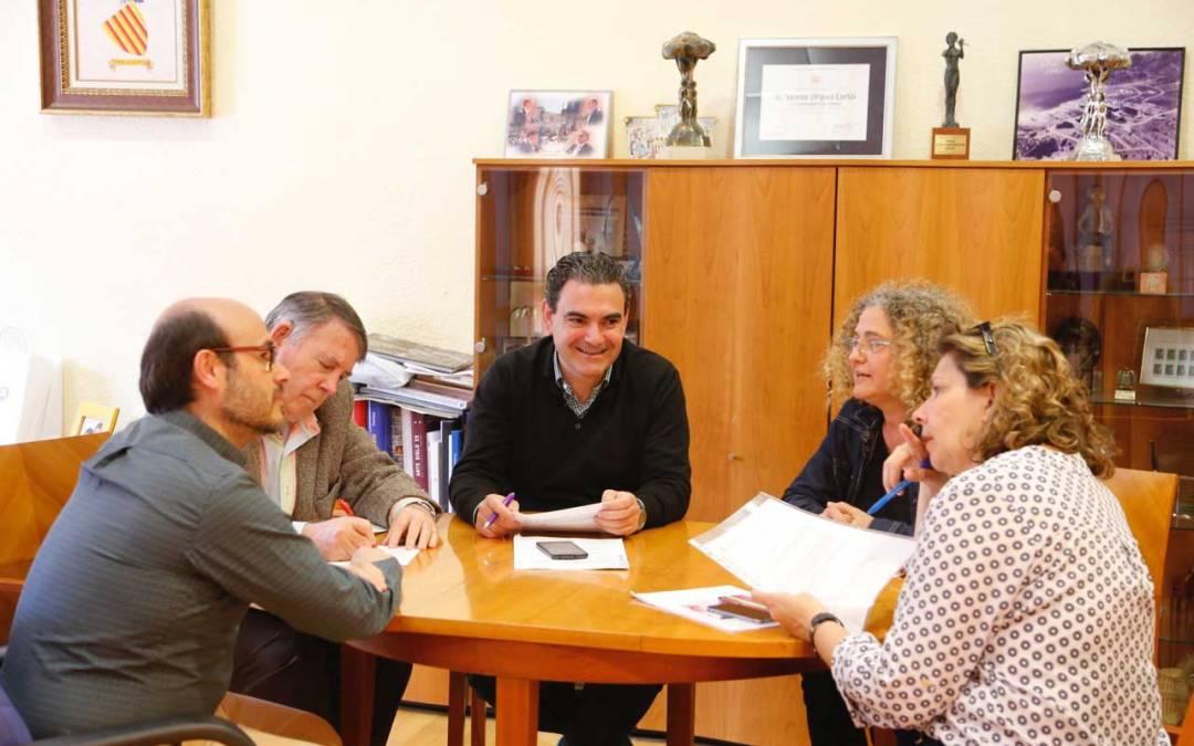 L'Alfàs ratifica el convenio de colaboración con la asociación cultural ArtAvant