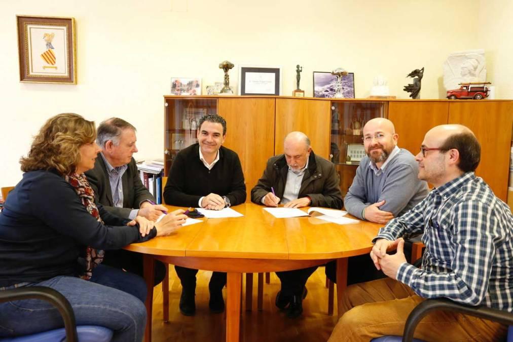 El Ayuntamiento de l'Alfàs del Pi y la Sociedad Musical La Lira renuevan el convenio de colaboración