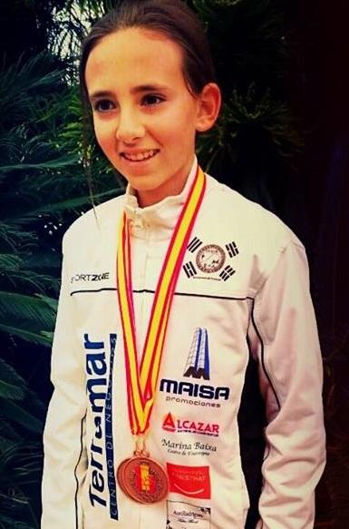 La alfacina María Vidal  ha conseguido dos Oros, y una  plata la III Jornada de la Liga de Taekwondo de la Comunidad Valenciana.