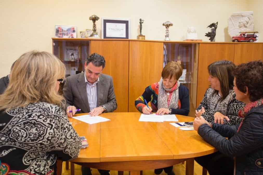 El Ayuntamiento de l'Alfàs del Pi renueva el convenio de colaboración con la asociación Anémona