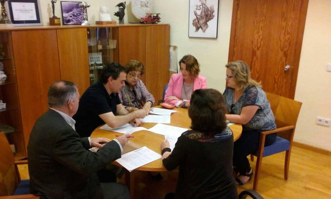 El ayuntamiento de l'Alfàs del Pi refuerza su compromiso y colaboración con el Voluntariado Social