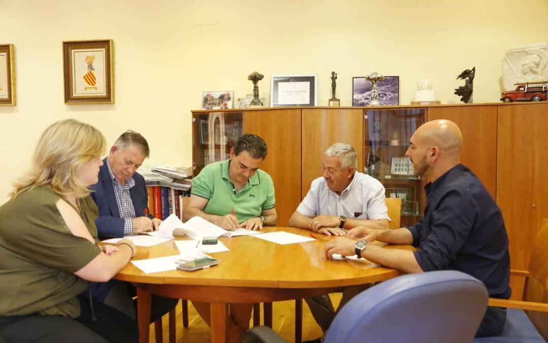 El Fútbol Sala de l'Alfàs del Pi sigue creciendo y renueva su compromiso con el Ayuntamiento
