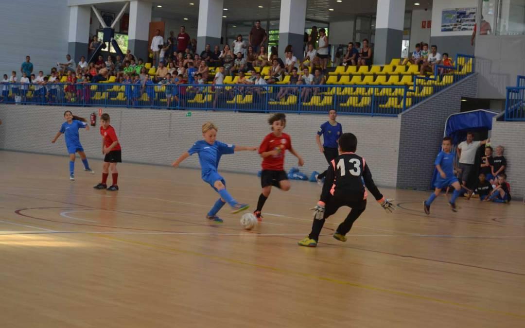 El Pabellón Pau Gasol de l'Alfàs del Pi vibró con el futuro del fútbol sala en un torneo inolvidable
