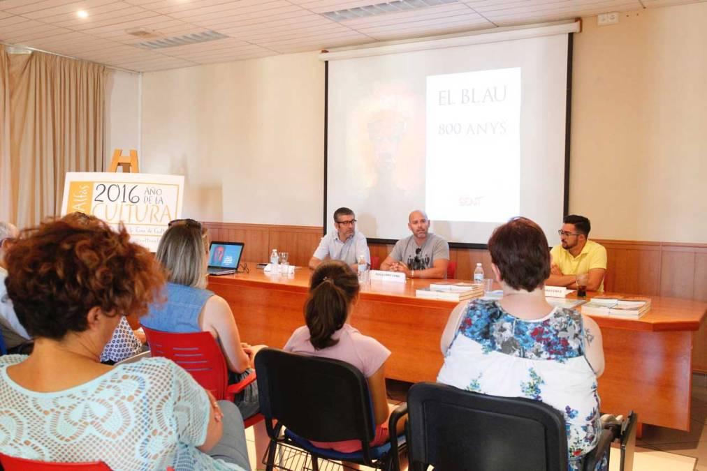 Just I. Sellés presentó en l'Alfàs del Pi su novela 'Al-Azraq, El Blau' de la mano de FO.LI.AS