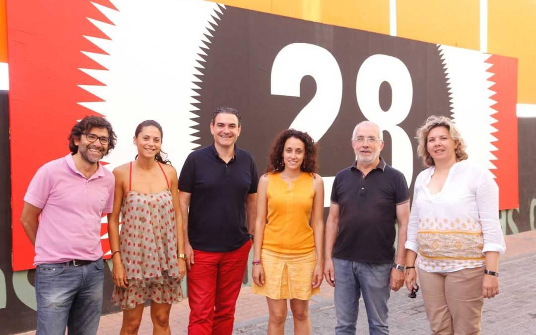 El Festival de Cine de l'Alfàs del Pi dona más de 4.300 euros a la ONGD Estrellas de Colores