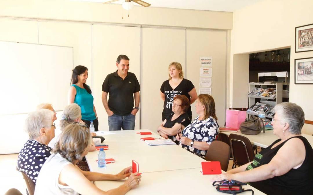 Una treintena de personas participan en el taller gratuito de memoria