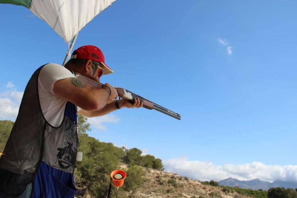 L'Alfàs del Pi celebra la primera jornada de competición de tiro al plato