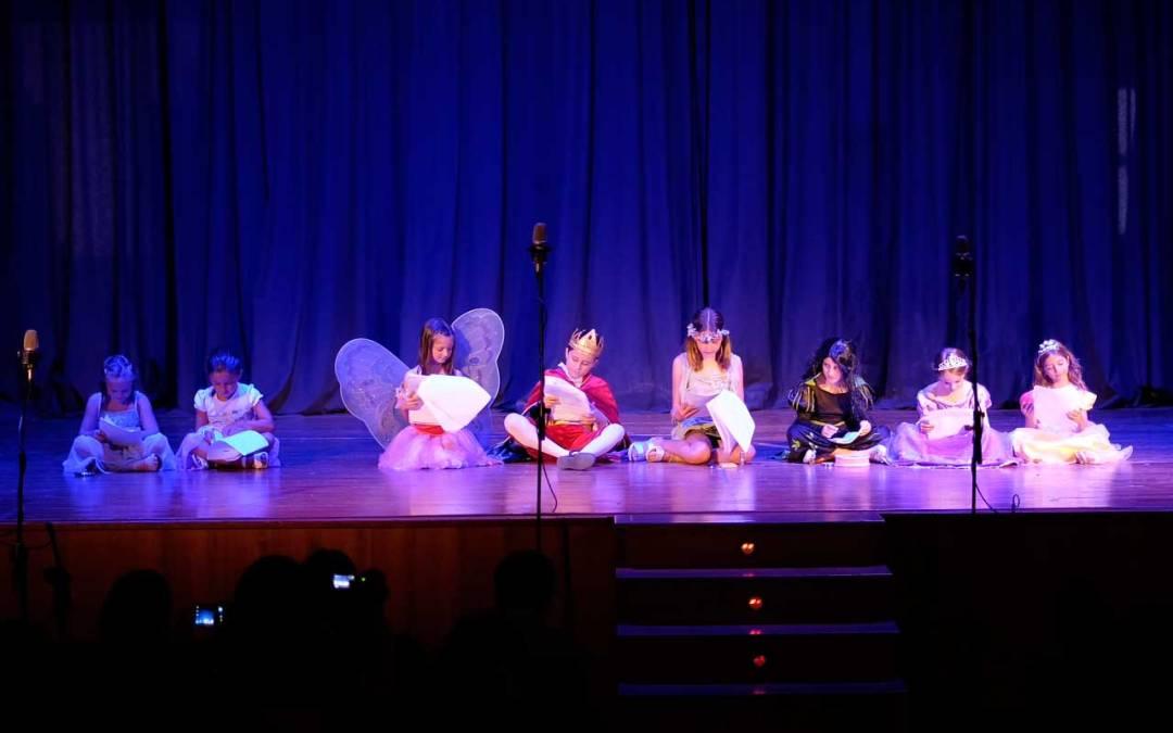 'La magia del destino' triunfa en la Casa de Cultura como colofón al Taller de Teatro Infantil de l'Alfàs del Pi