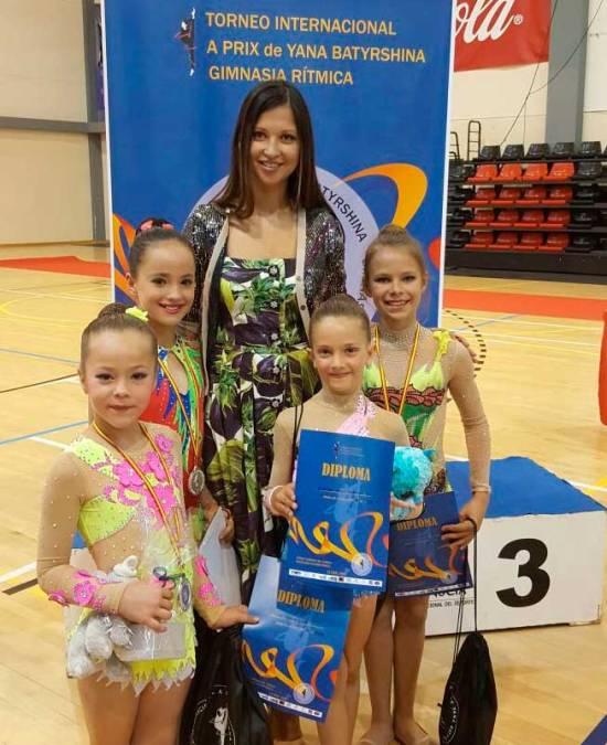 Excelentes resultados para las gimnastas de l'Alfás del Pi participaron en el Torneo Internacional Prix Yana Batyrshina de La Nucia.