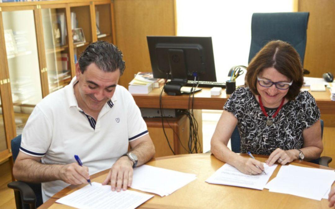 El ayuntamiento y la UA firman un convenio para convertir l'Alfàs en un modelo de innovación urbana saludable