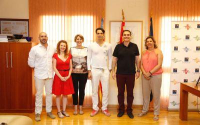 El bailarín Igor Yebra destaca la apuesta de l'Alfàs del Pi por la cultura