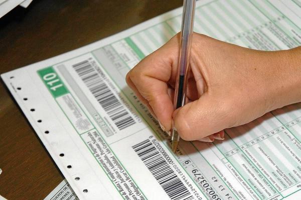 L'Alfàs del Pi y SUMA colaboran para informar sobre el calendario impositivo a los residentes extranjeros