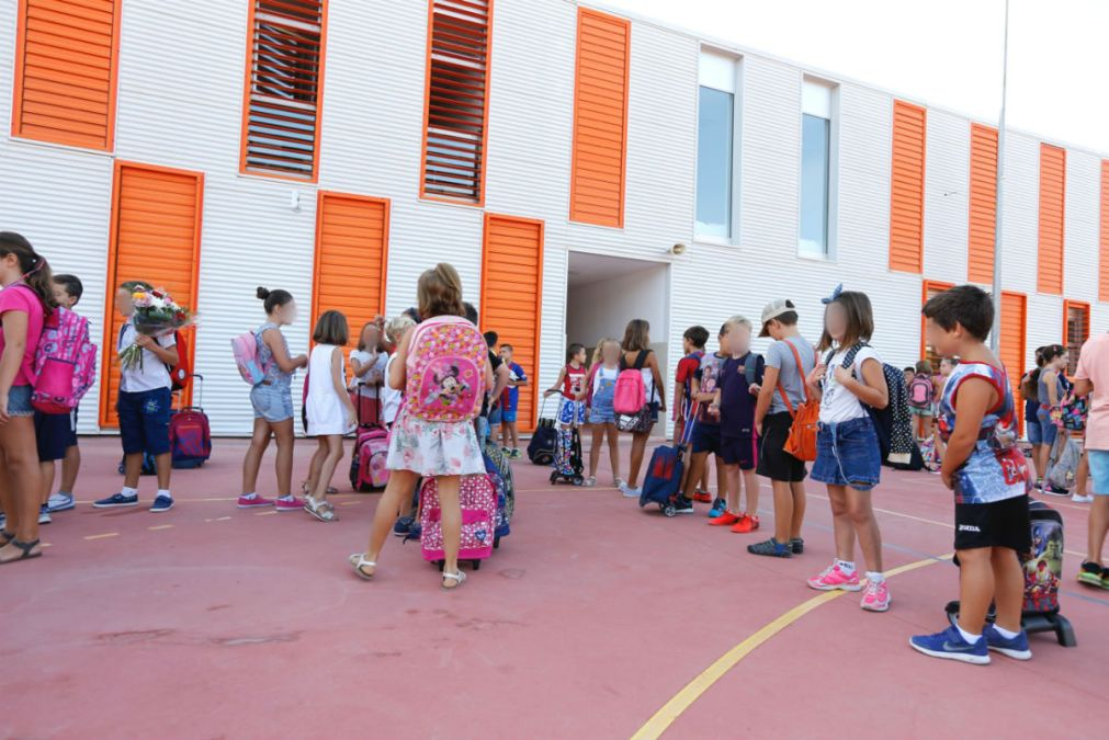 El curso escolar arranca con normalidad en los centros públicos de l'Alfàs del Pi