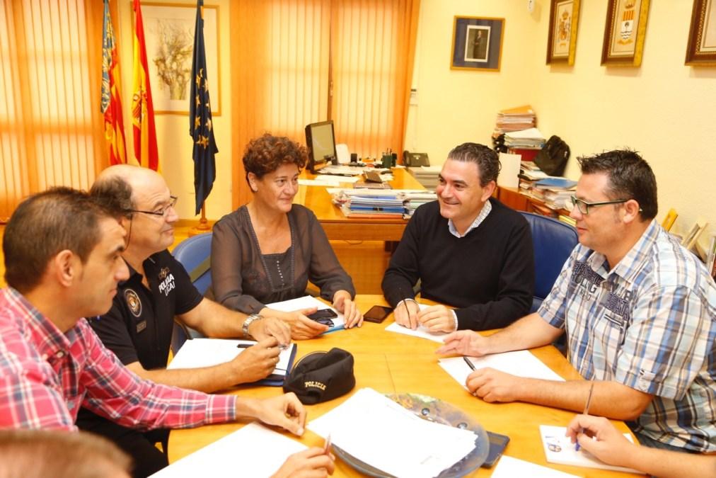 Los servicios municipales coordinan sus dispositivos de cara a las fiestas de 2016