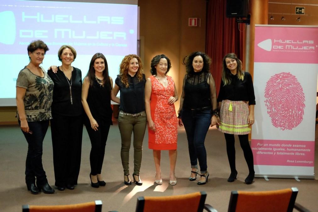 La asociación 'Huellas borradas de mujer' se presenta en sociedad en l'Alfàs del Pi