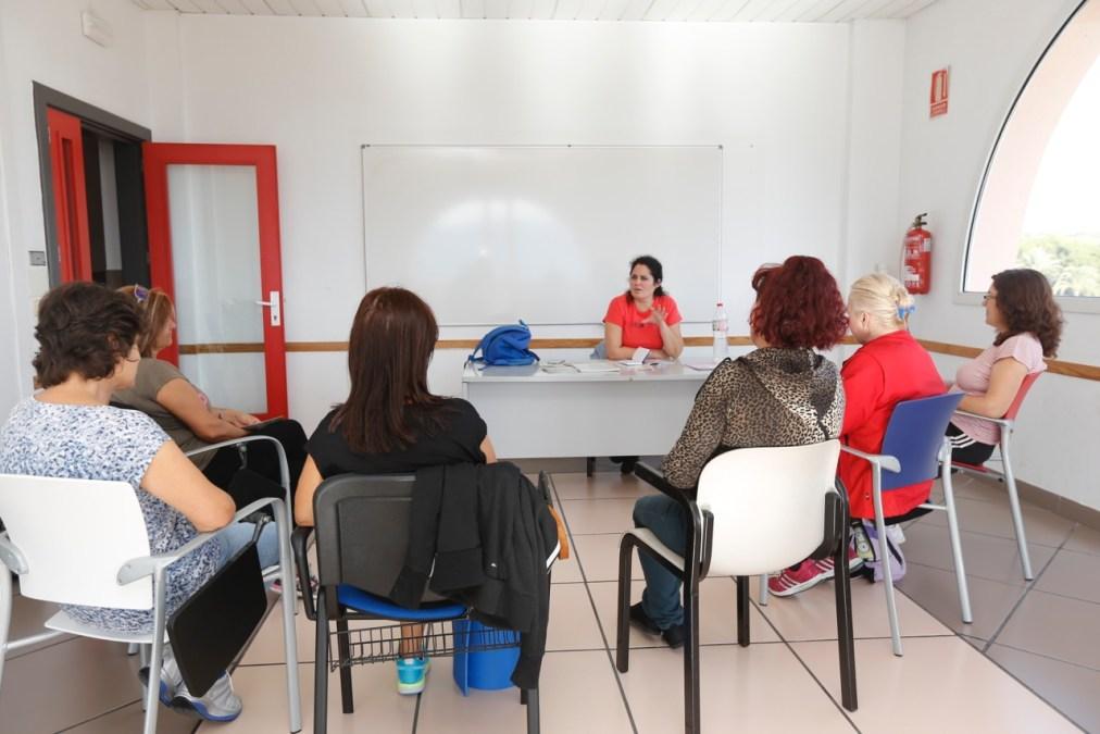 La Casa de Cultura ha inaugurado el ciclo de charlas del 'Taller de menopausia y climaterio' de l'Alfàs del Pi