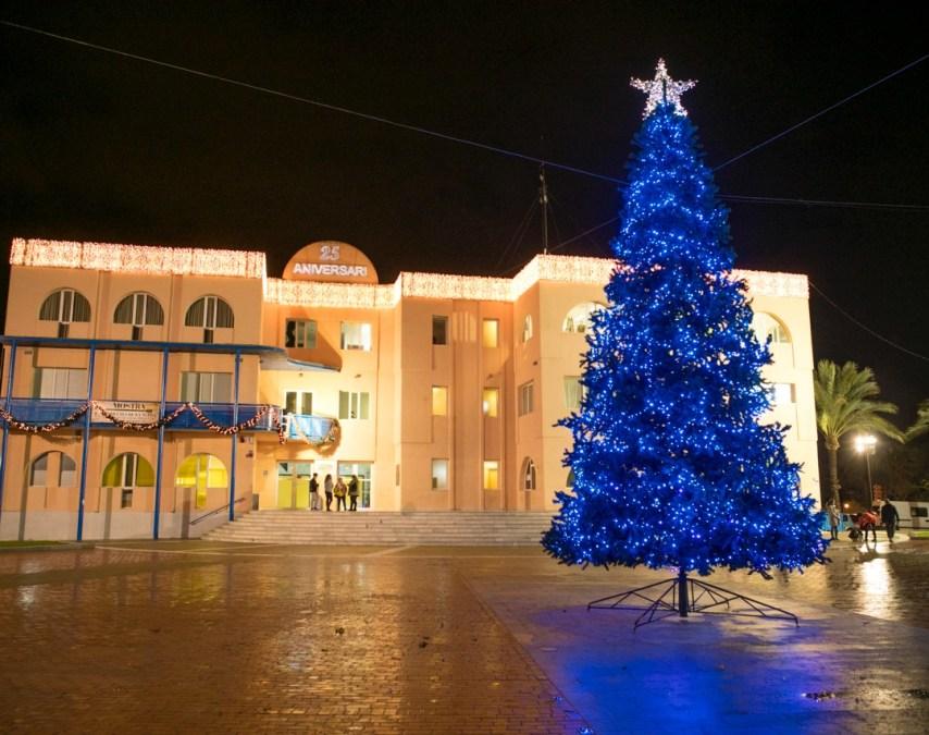 La Navidad ilumina l'Alfàs del Pi