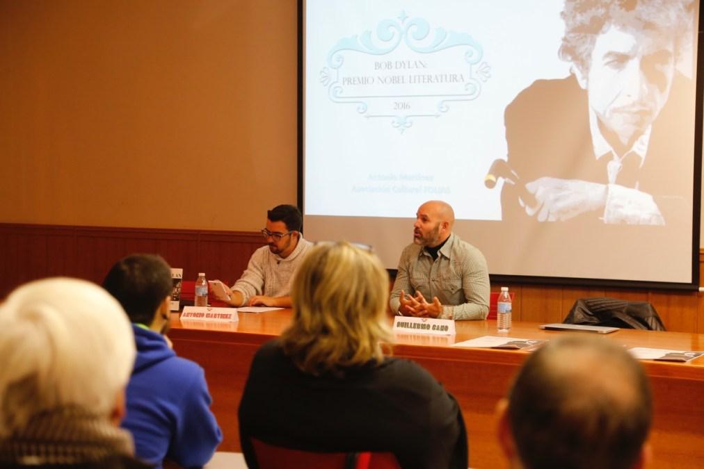 La Asociación Foro Literario de l'Alfàs del Pi organizó una charla divulgativa sobre Bob Dylan