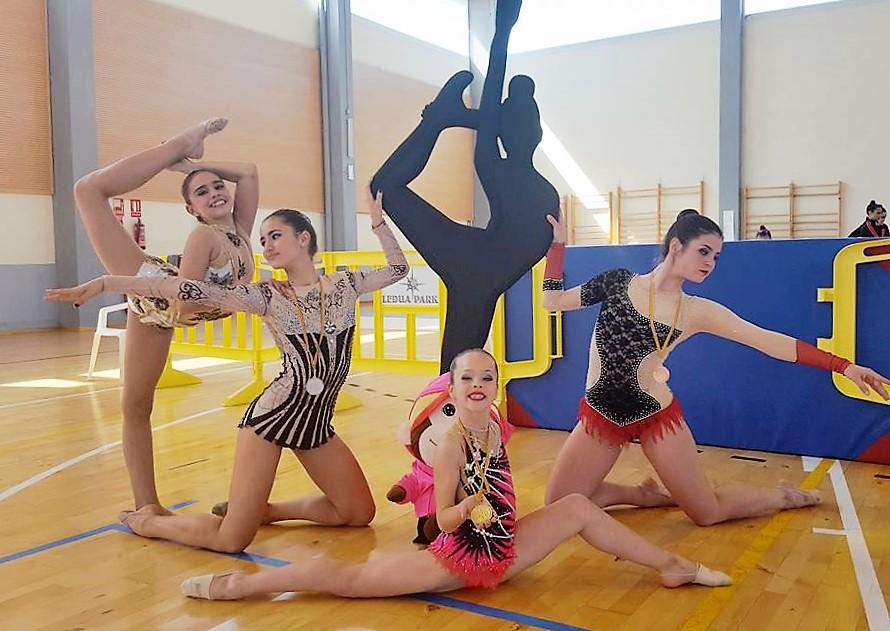 Las integrantes del Club Primavera de Gimnasia Rítmica de l'Alfàs brillan en la primera gran cita de la temporada