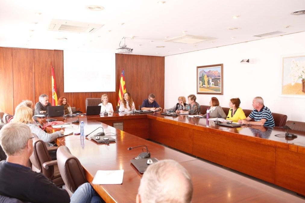 La UA inicia la fase de encuestas destinada a la confección del Libro Blanco 'L'Alfàs del Pi, destino saludable'
