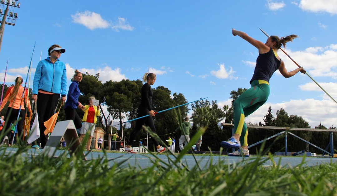 Atletas Estonios Lituanos y Letones han participado en un meeting de lanzamientos en l'Alfàs del Pi.