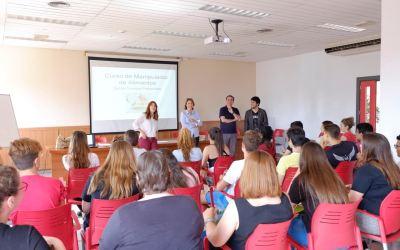 Juventud organiza una nueva edición del curso de manipulador de alimentos de cara a la época de verano