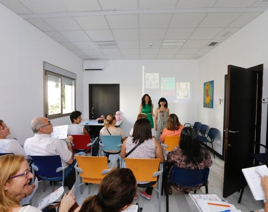 AMICS organiza un taller de primeros auxilios y otro para conocer el etiquetado de los alimentos