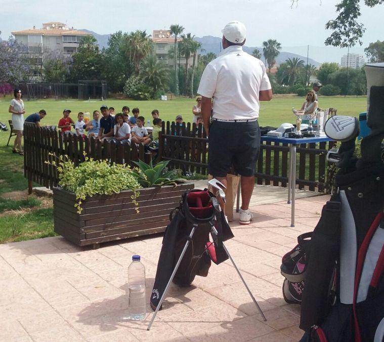 La Escuela Municipal de Golf cierra su curso con una mañana de convivencia entre monitores, alumnos y familiares