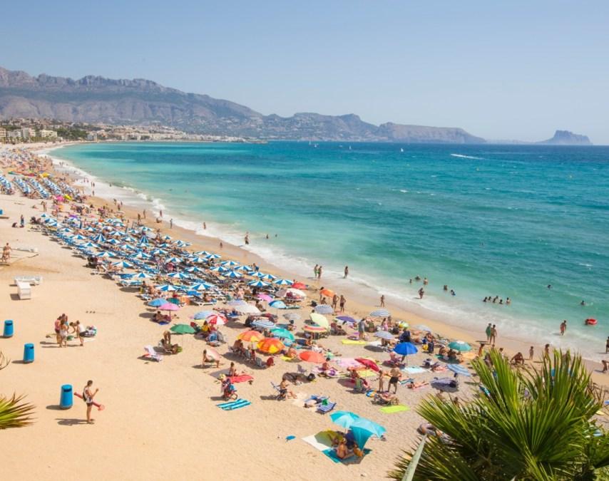 Sanidad intensifica su campaña de prevención ante la ola de calor