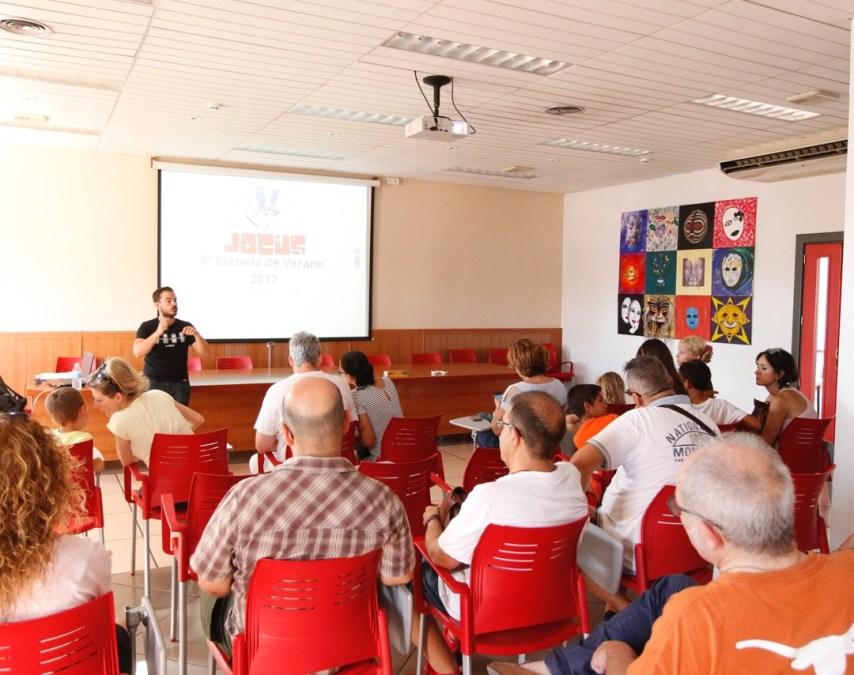 Educación presenta y explica la oferta de la Escuela de Verano