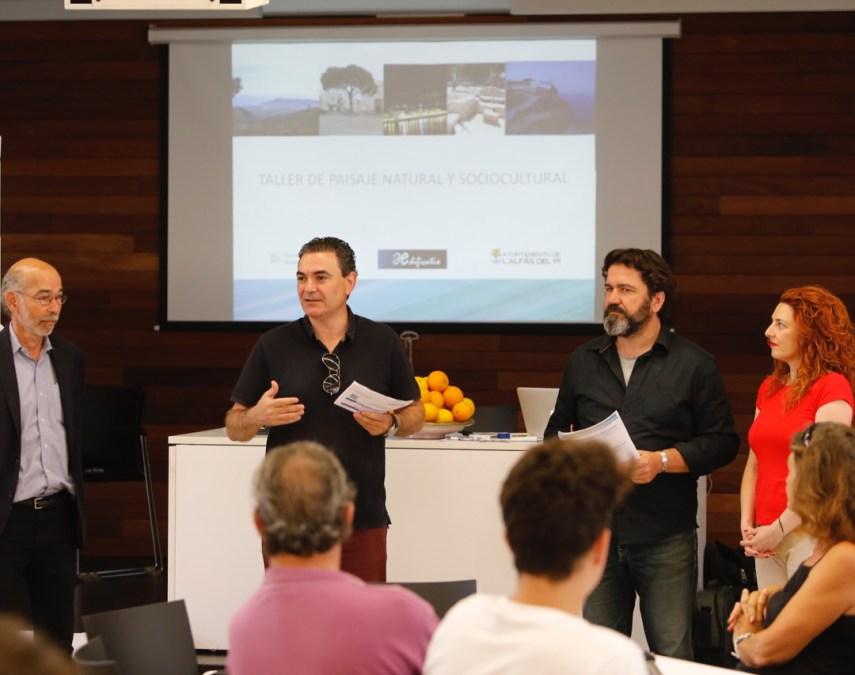 Paisajismo y Urbanismo, a debate en el Centro Social Platja Albir