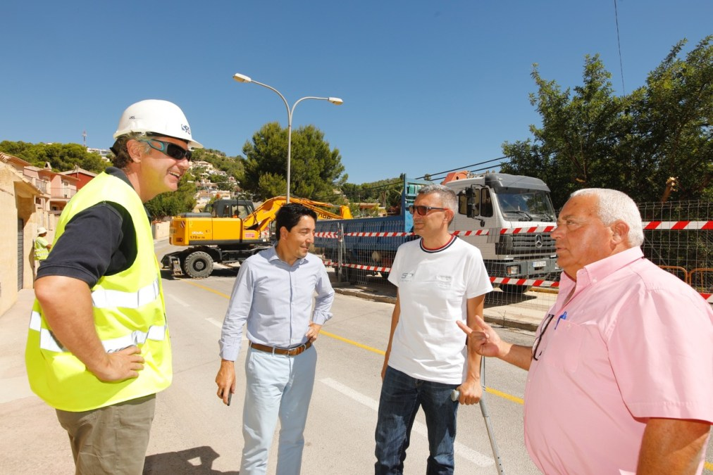 Comienzan las obras de renovación de infraestructuras en la urbanización El Cautivador de l'Alfàs