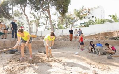 Una veintena de jóvenes participan en el décimo Campo de Trabajo Internacional Villa Romana de l'Albir