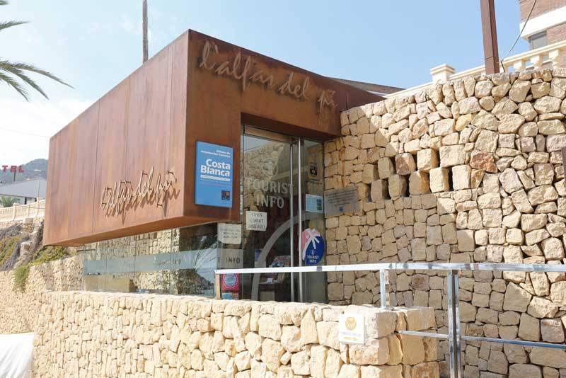 La Tourist Info de l'Albir registra en 2017 un incremento de visitas del 12 %
