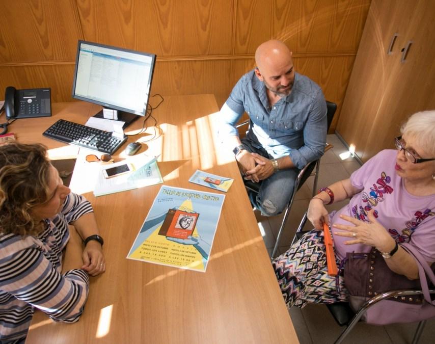 La concejalía de Cultura de l'Alfàs y la asociación FO.LI.AS impulsan un taller de escritura creativa