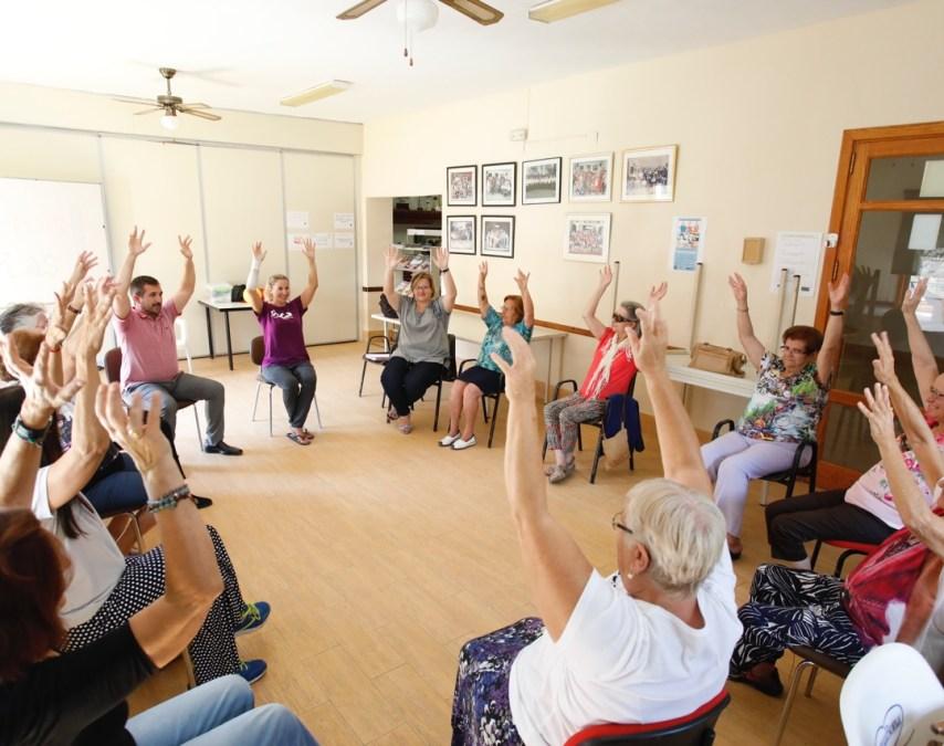 Arranca en l'Alfàs del Pi una nueva edición de los talleres saludables para personas mayores