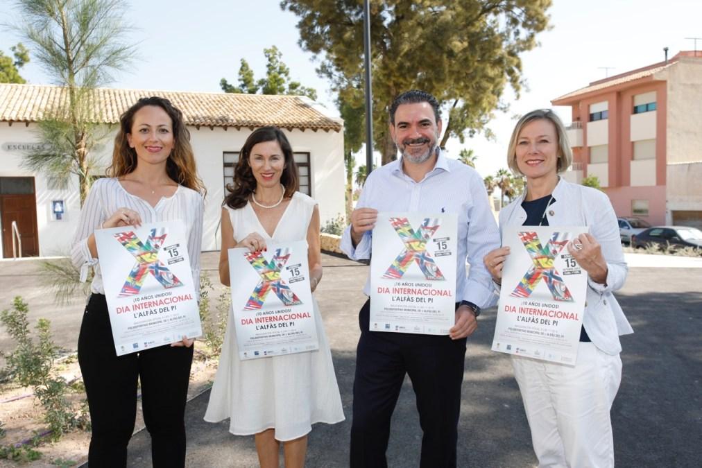 """""""10 Años Unidos"""" exposición conmemorativa del Día Internacional en l'Alfàs del Pi"""