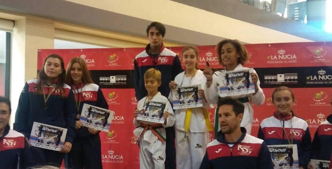 El Club Neptuno de Taekwondo ha conseguido un  Oro, una Plata y ocho Bronces en primera jornada de la Liga Valenciana celebrada en La Nucía.